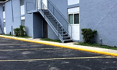 Shores Place Apartments, 2