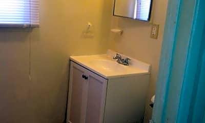 Bathroom, 1910 Cedar Ave, 2