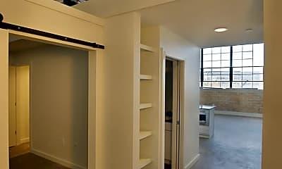 Kitchen, 1302 E 6th St, 1