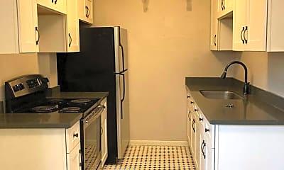 Kitchen, 1624 41st Ave E, 2