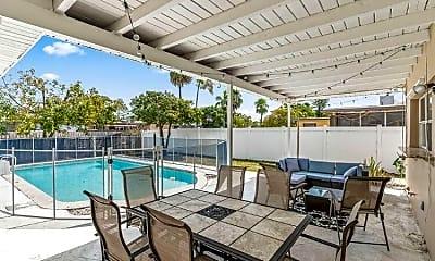 Pool, 2021 N 50th Ave, 1
