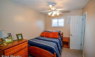 Bedroom, 644 W Magnolia Ave, 2