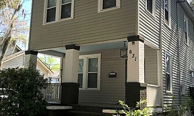 Building, 631 E 37th St, 2