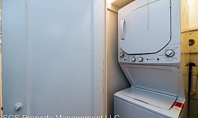 Bathroom, 1328 Martha Custis Drive, 2
