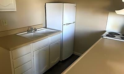 Kitchen, 1800 Prater Way, 1
