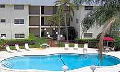 Palm Court Apartments, 2