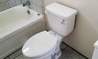 Bathroom, 379 N Market St, 2