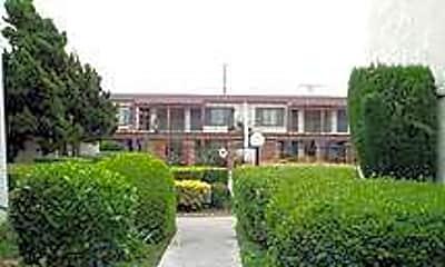 El Presidio Apartments, 1