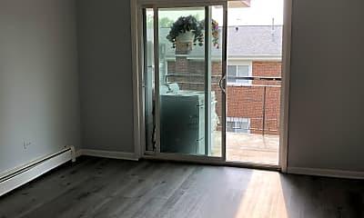 Living Room, 521 Green Oaks Ct S, 1