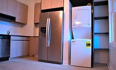 Kitchen, 2747 W Armitage Ave 2R, 1