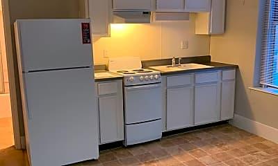 Kitchen, 821 E Walnut St, 1