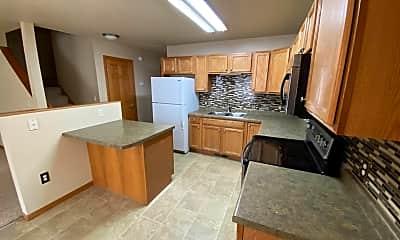 Kitchen, 125 16th St S, 1