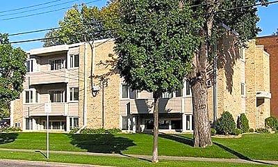 Building, 701 University Ave SE, 0