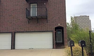 Building, 1508 S Cincinnati Ave, 2