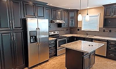 Kitchen, 3122 Grand Lake Dr, 1