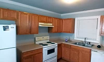 Kitchen, 737 Windsor St SW, 1
