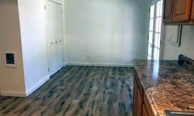 Kitchen, 544 S Grand Dr, 2