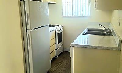 Kitchen, 7534 Walnut Dr, 0
