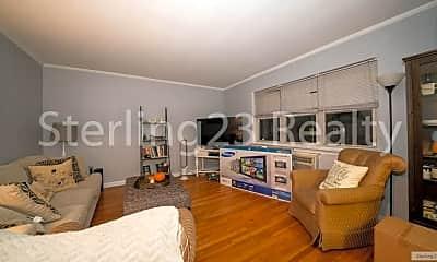 Living Room, 24-10 28th St, 0