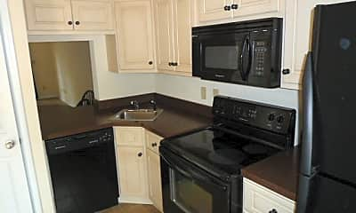 Kitchen, 2632 Coventry Dr, 1