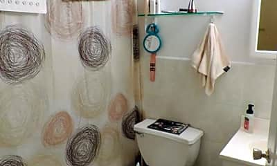 Bathroom, 52 W 14th St, 2