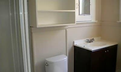 Bathroom, 5604 SE 86th Ave, 2