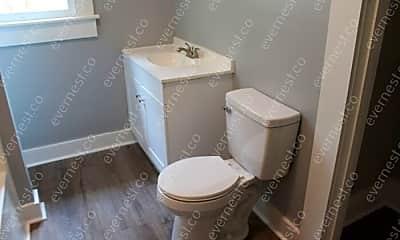 Bathroom, 1601 Hanger St, 2