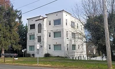 Building, 301 S Watauga Ave, 2