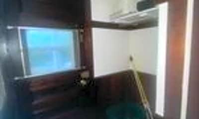 Bedroom, 814 Belmont St, 2