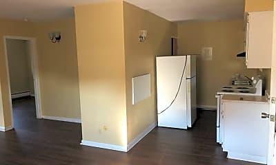 Living Room, 515 Riverview Dr, 0