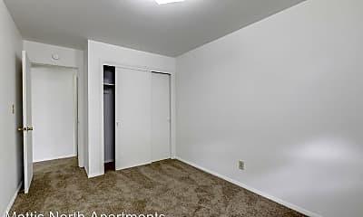 Bedroom, 2000 N Mattis Ave, 2