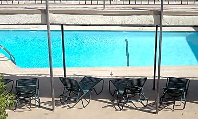 Pool, 875 Glenway Dr, 2