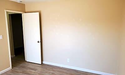 Bedroom, 929 Tamarack Ln, 1