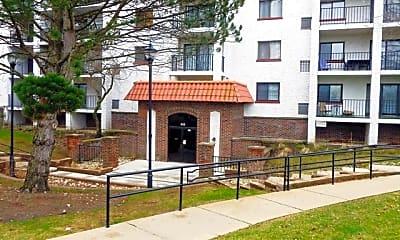 Building, 450 Plum Creek Dr 109, 0