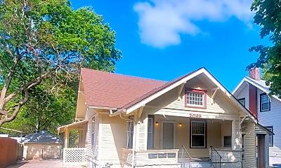 Building, 2049 Worthington Ave, 2