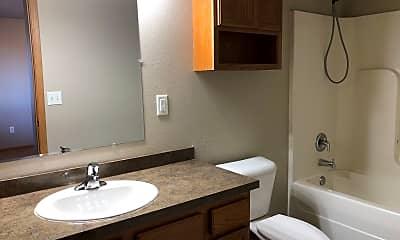 Bathroom, 415 3rd Ave NW, 2
