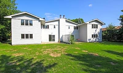 Building, 9724 Utica Rd, 2