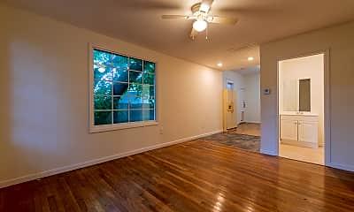 Living Room, 35 N Bingham St, 0