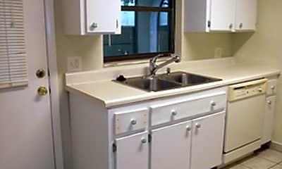Kitchen, 2635 SW 35Th Pl, 2