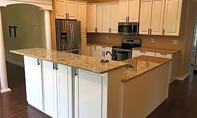 Kitchen, 81 Katherine St, 1