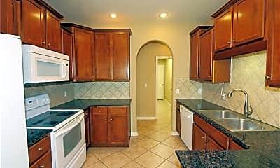 Kitchen, 2203 SW Juniper Ave, 1