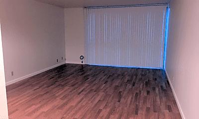 Living Room, 2211 Carleton St, 0