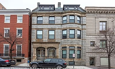 Building, 605 Park Ave, 1