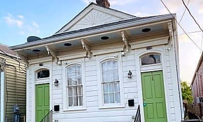 Building, 2114 Josephine St, 0