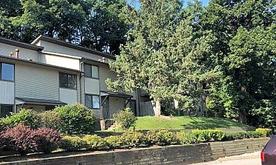 Blackhawk Hills Apartments, 2