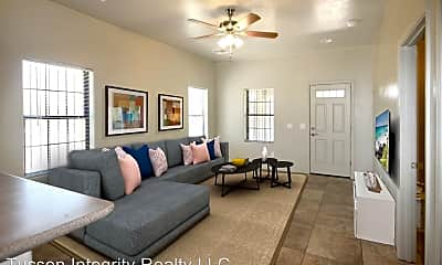 Living Room, 1100 E 9th St, 1