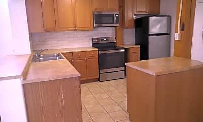 Kitchen, 8 Alan-a-Dale Dr, 1