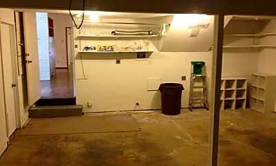 Kitchen, 3829 Northwest Pkwy, 2