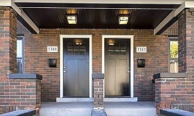 Building, 3305 Webster St, 1