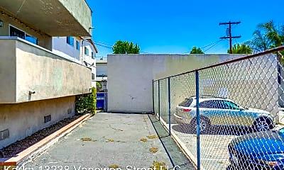 Patio / Deck, 13238 Vanowen St, 2